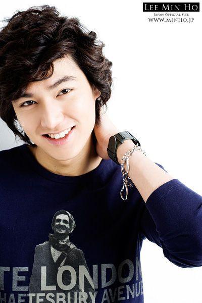 للممثل الممثل والمغني هيون جونغ lee-min-ho-901250011.jpg