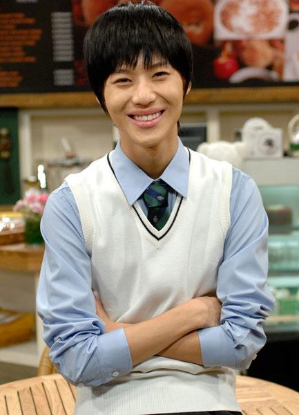 Tae min يمثل في دراما كوميدية,أنيدرا