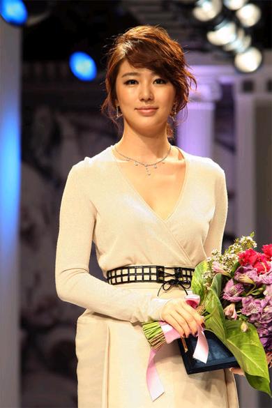 yooneunhye-090501-20-281-29